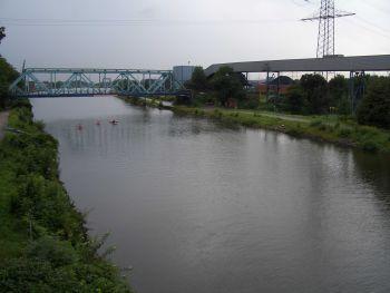 Der Rhein-Herne-Kanal - unendliche Weiten.